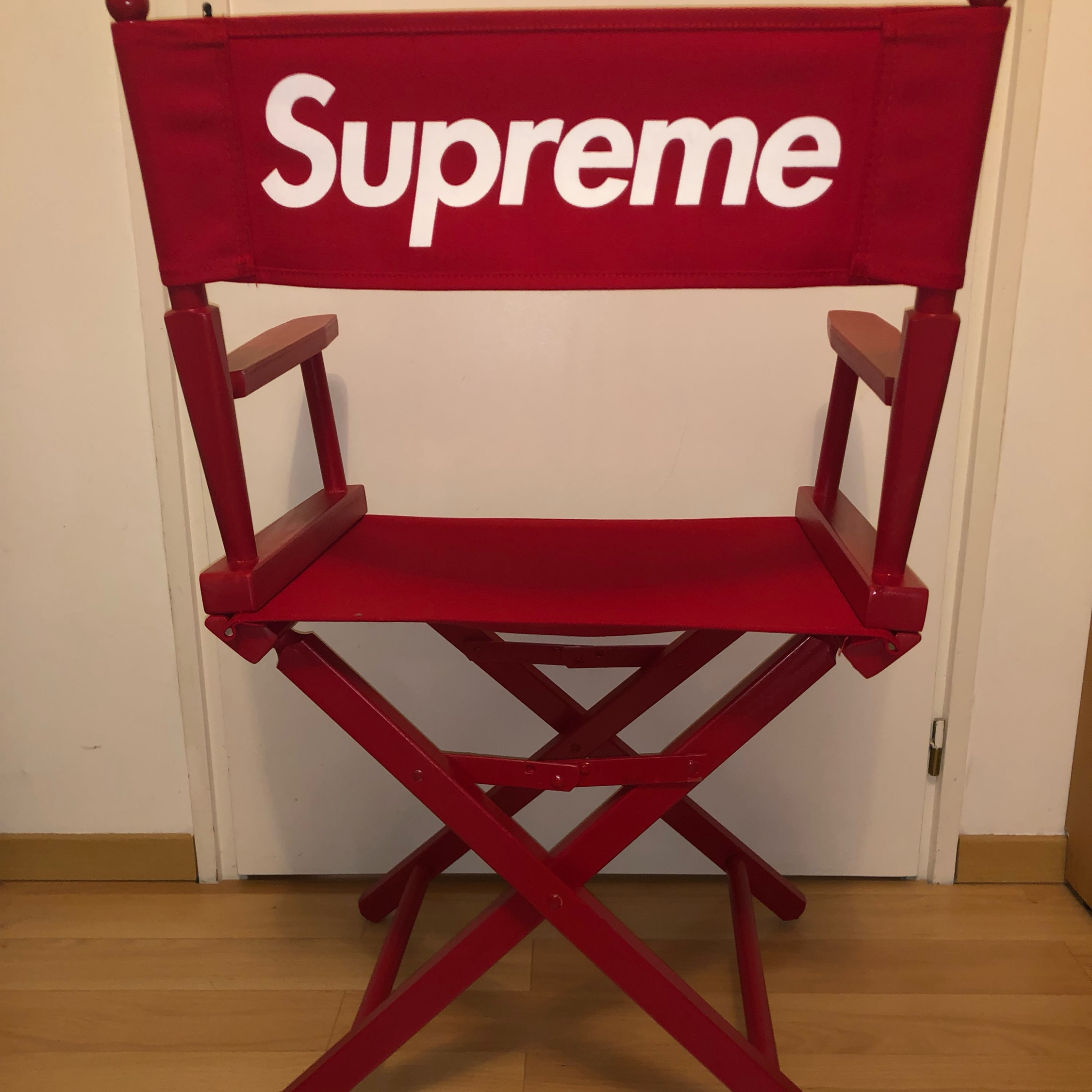 Ss18 Supreme Director Chair Red