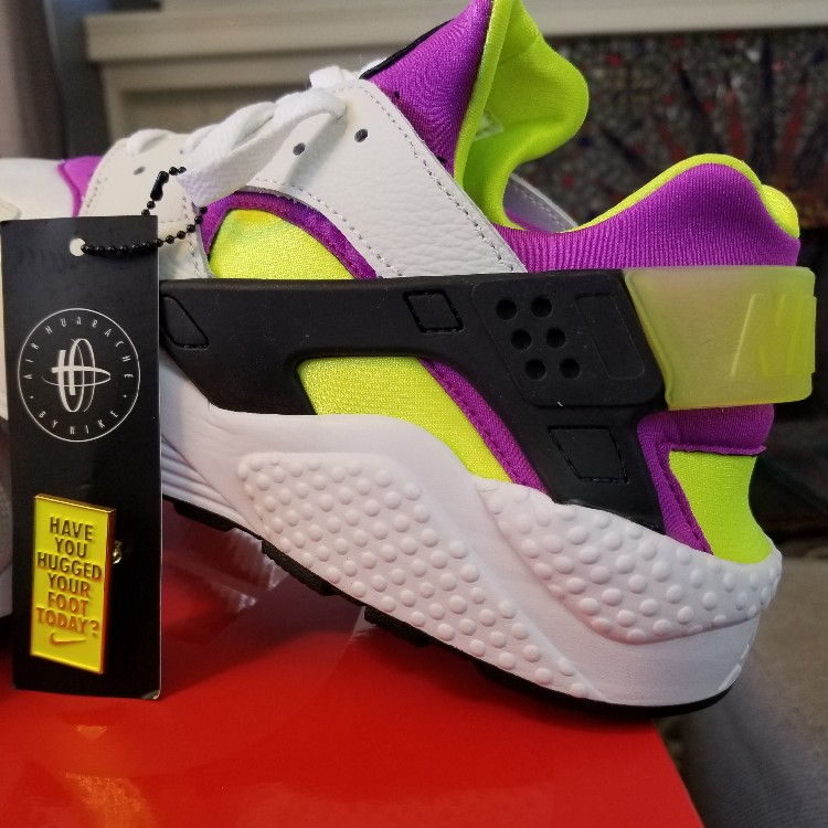 a97e533441d57 Nike Air Huarache Run OG  91 QS Neon Yellow Magenta Ah8049-101