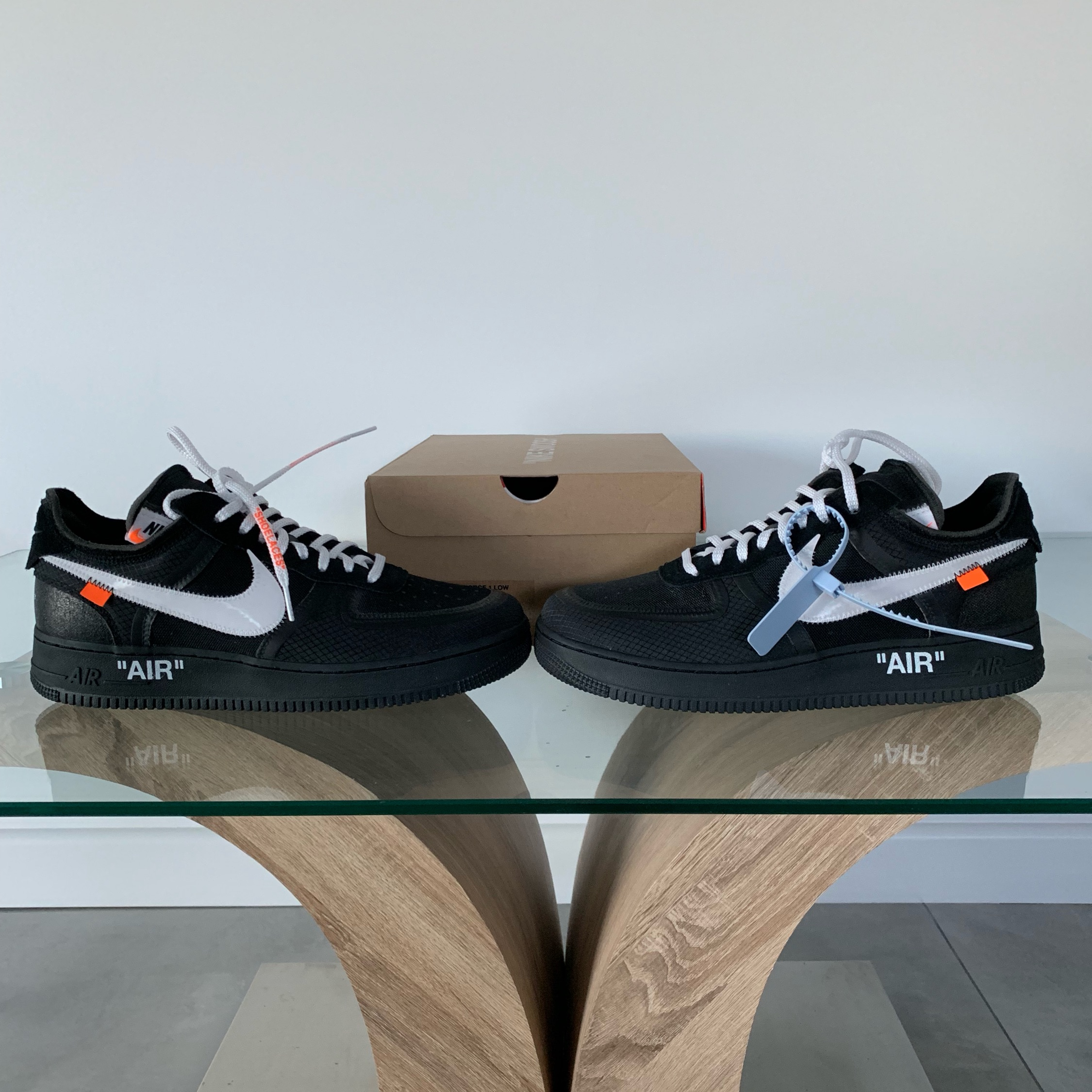 Off-White Air Force 1 Black (Looking For Trades)