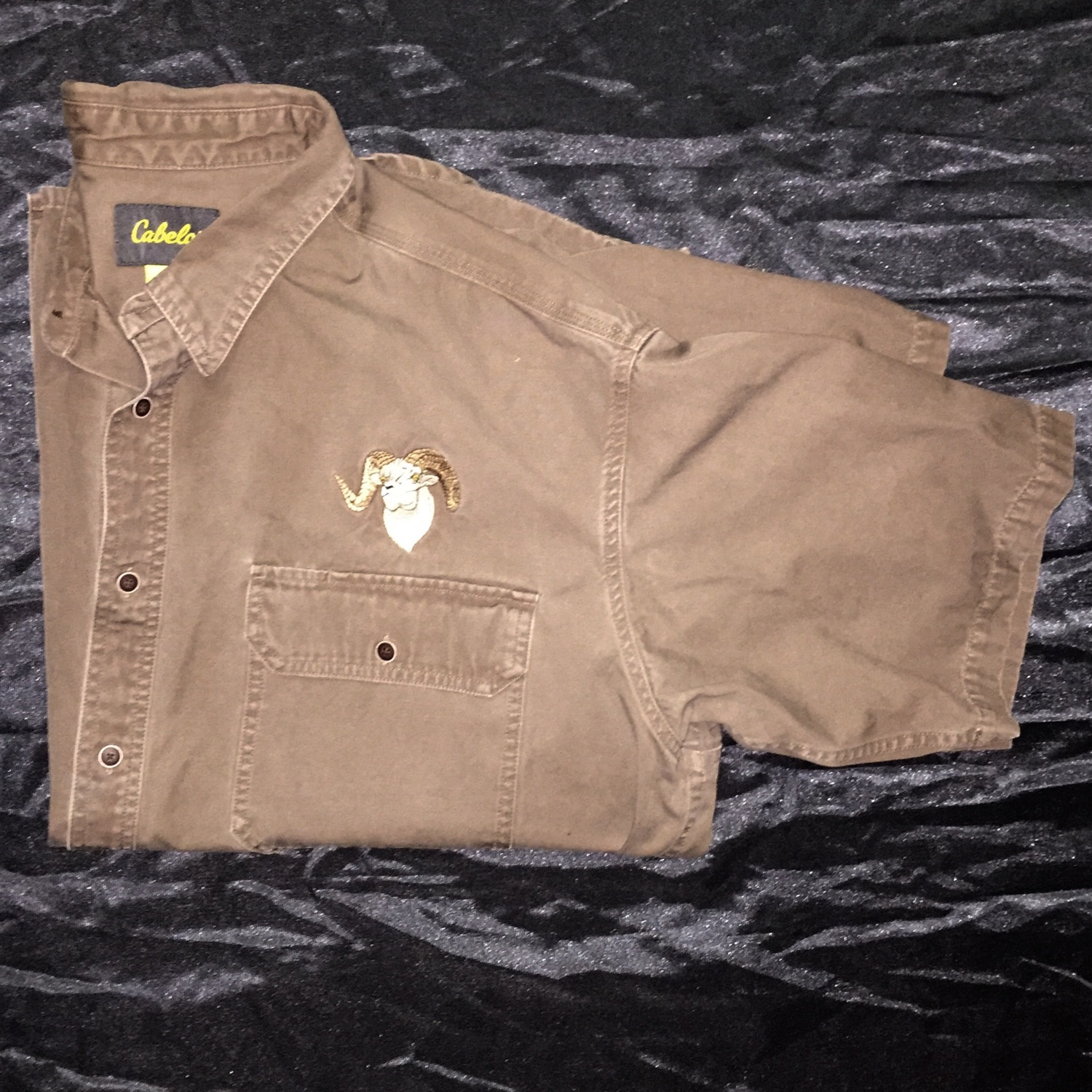 Cabela's Heavy Duty Button Up Embroider