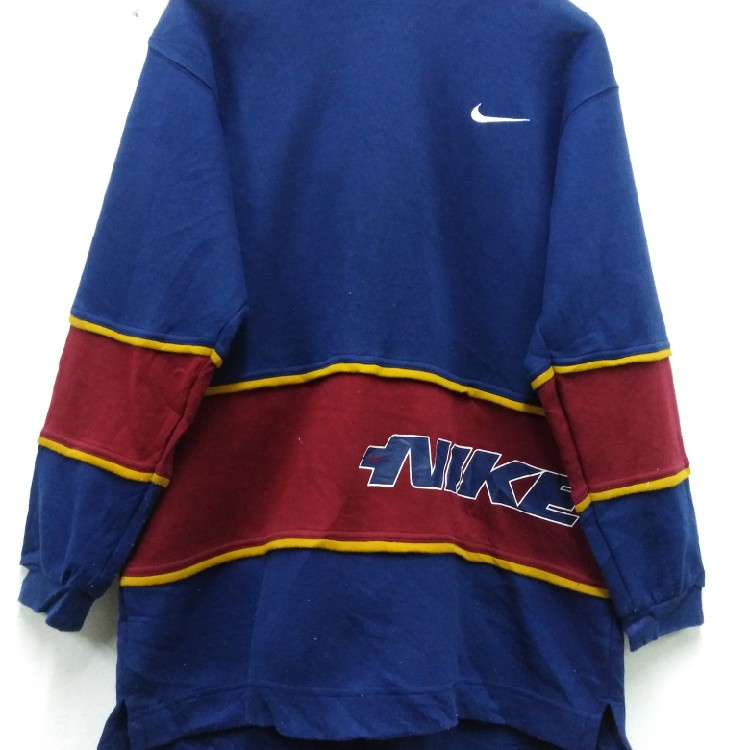 Need Gone Today ✨Nike Vintage Sweatshirt Hoodie