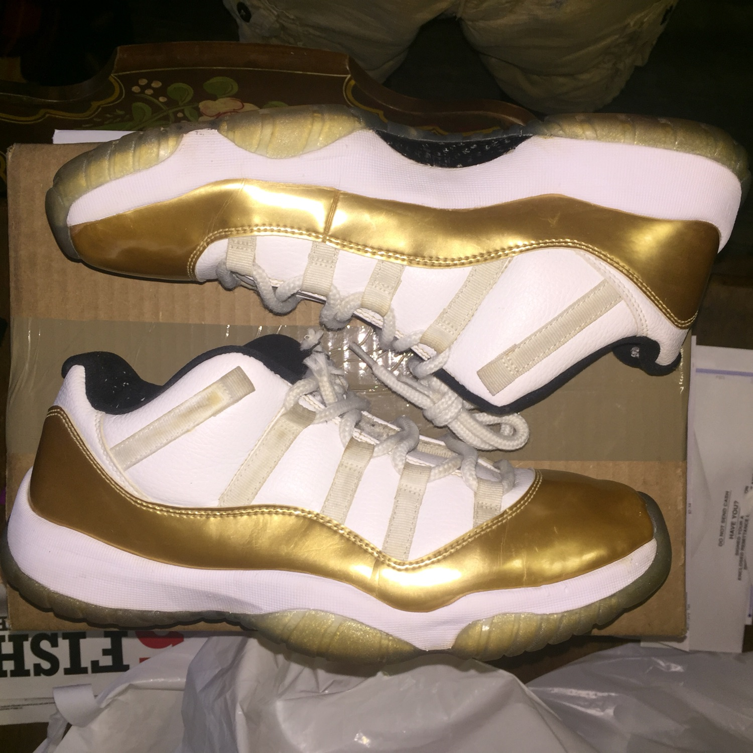 Jordan 11 Low Closing Ceremony Sz 11