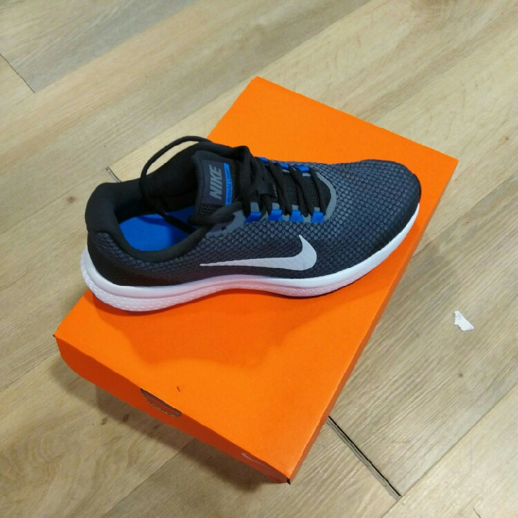 chaussure nike taille 42