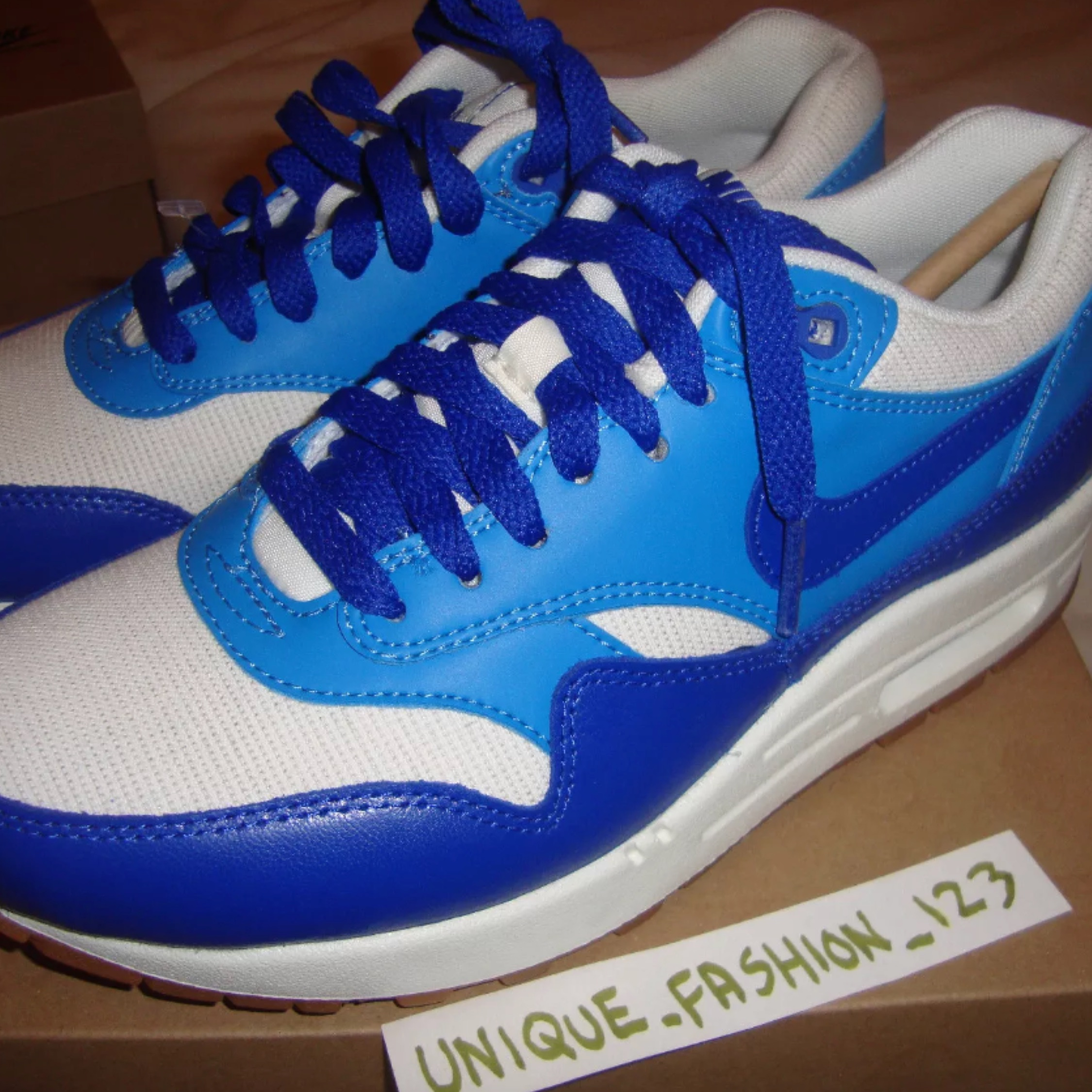 Nike Air Max 1 Women's Vintage Hyper Blue
