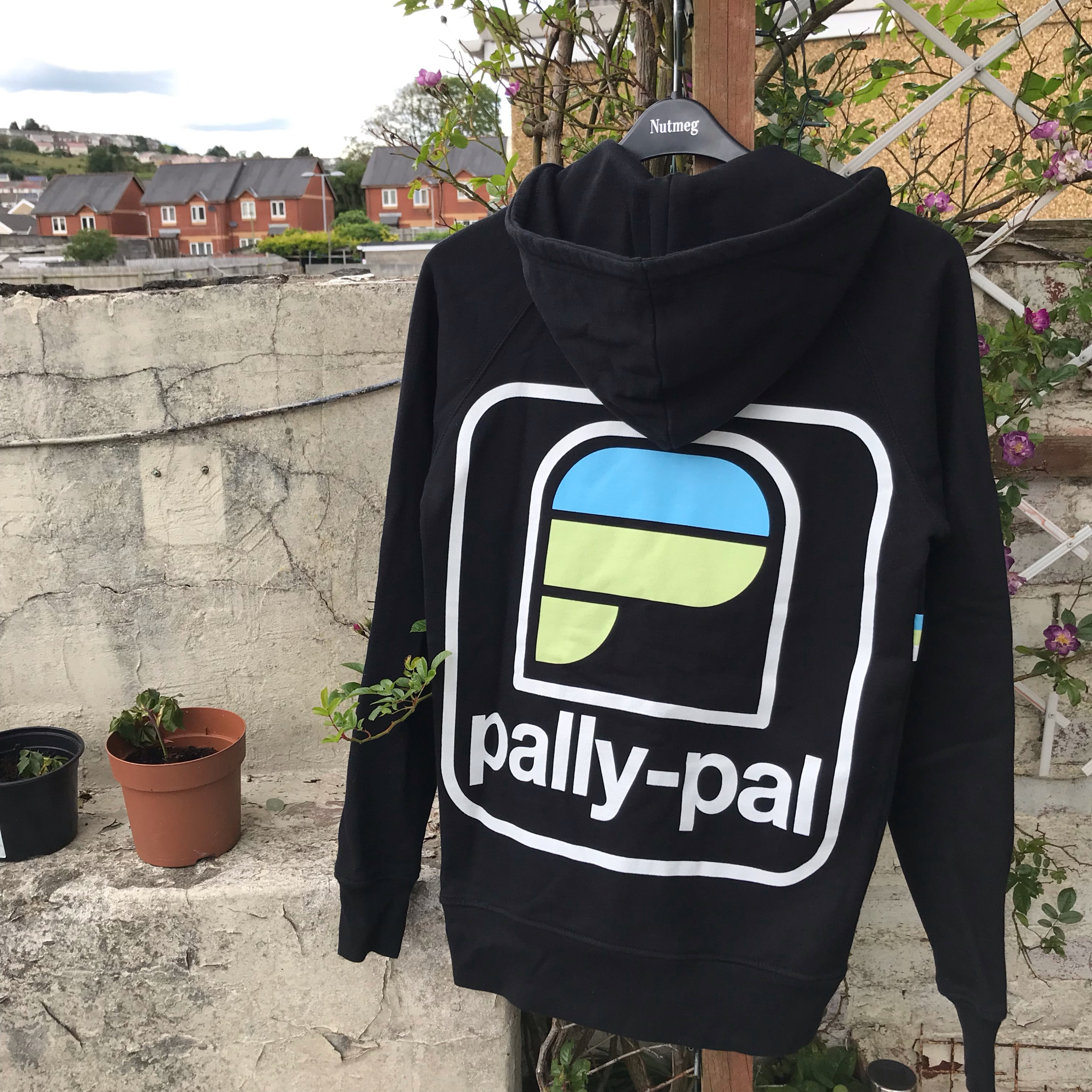 Palace Pally Pal Hoodie Small Black