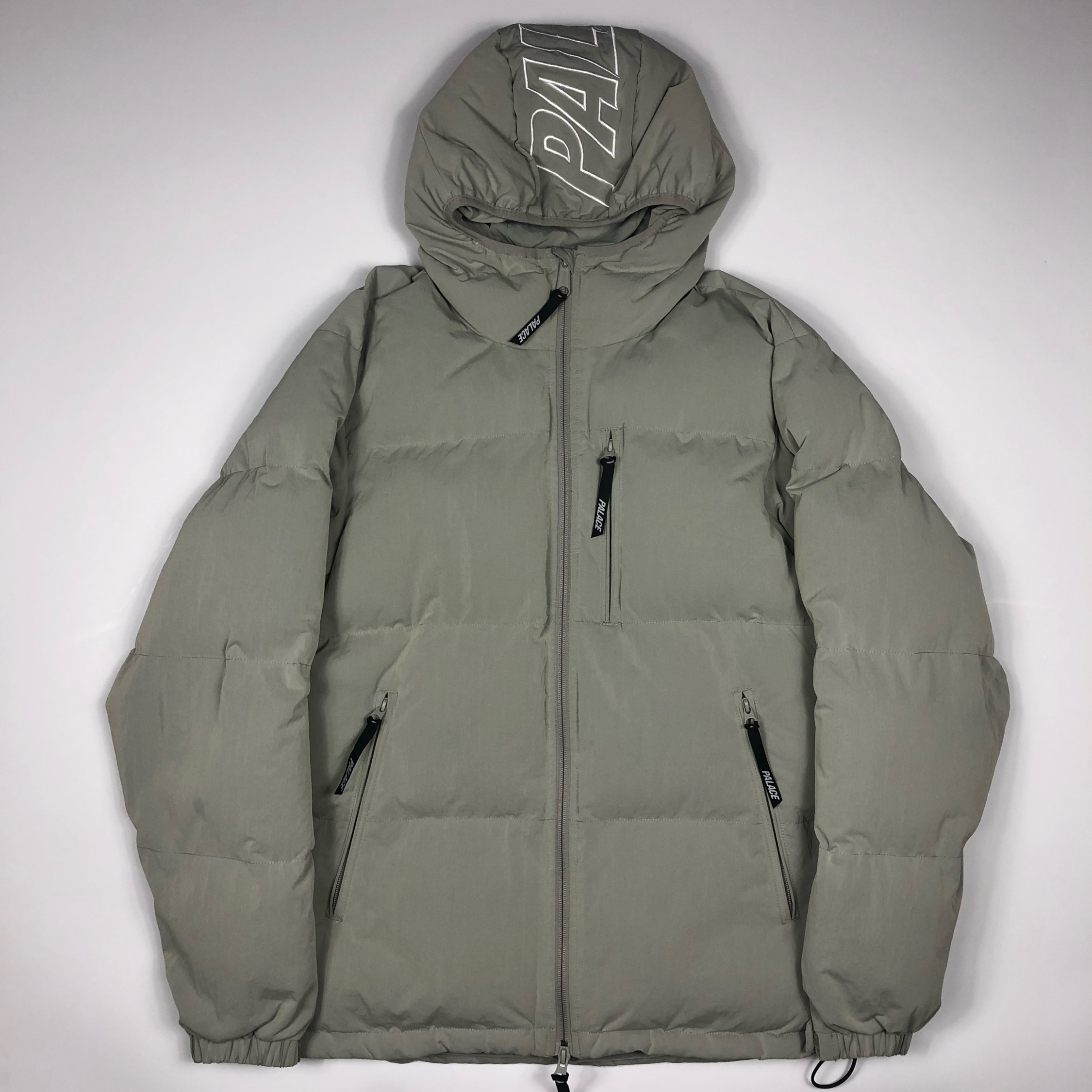 Palace Puffing Puffer Jacket Grey Medium