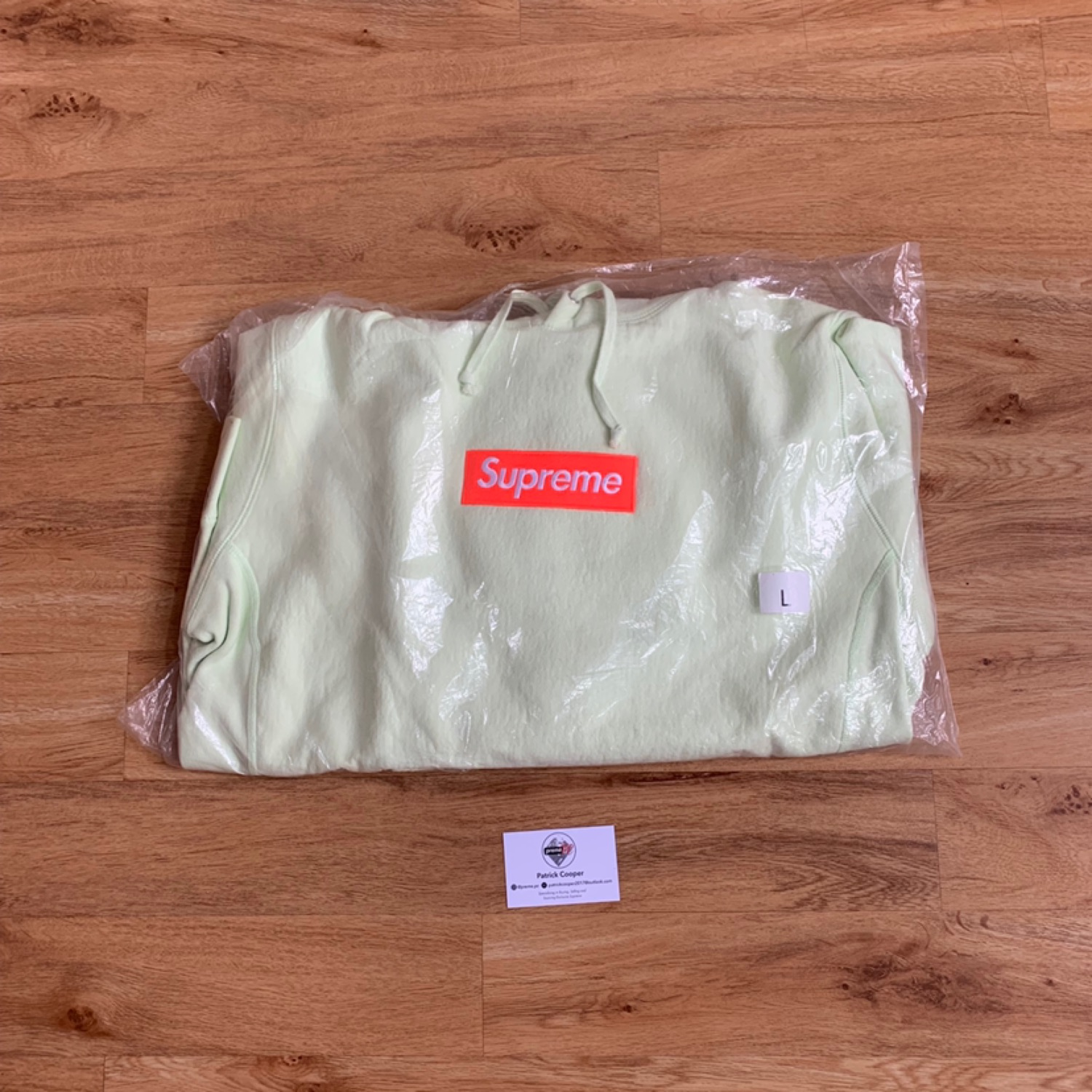 Supreme Box Logo Hoodie Fw17 Pale Lime On Red