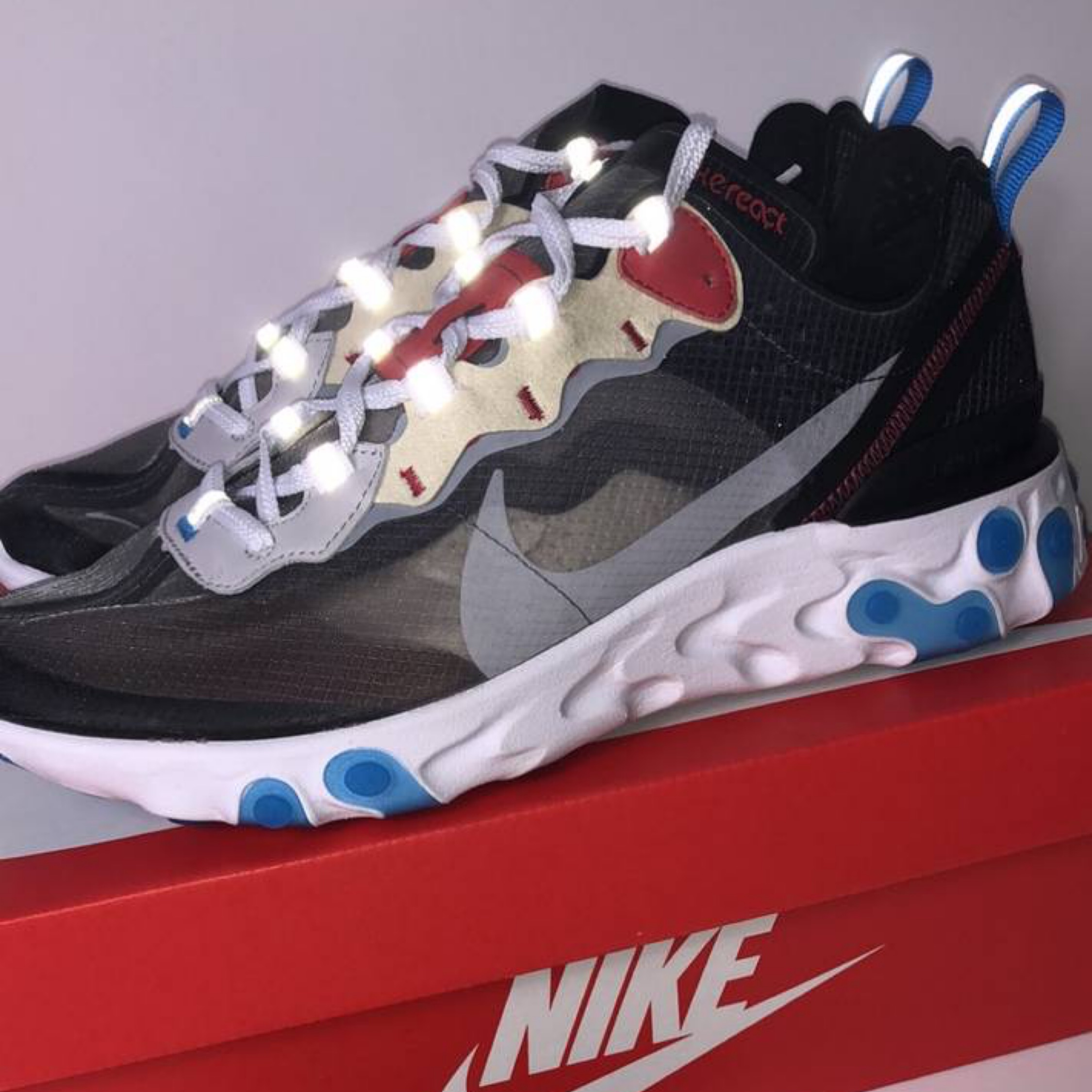 Deadstock Nike React Element 87 Size 6.5