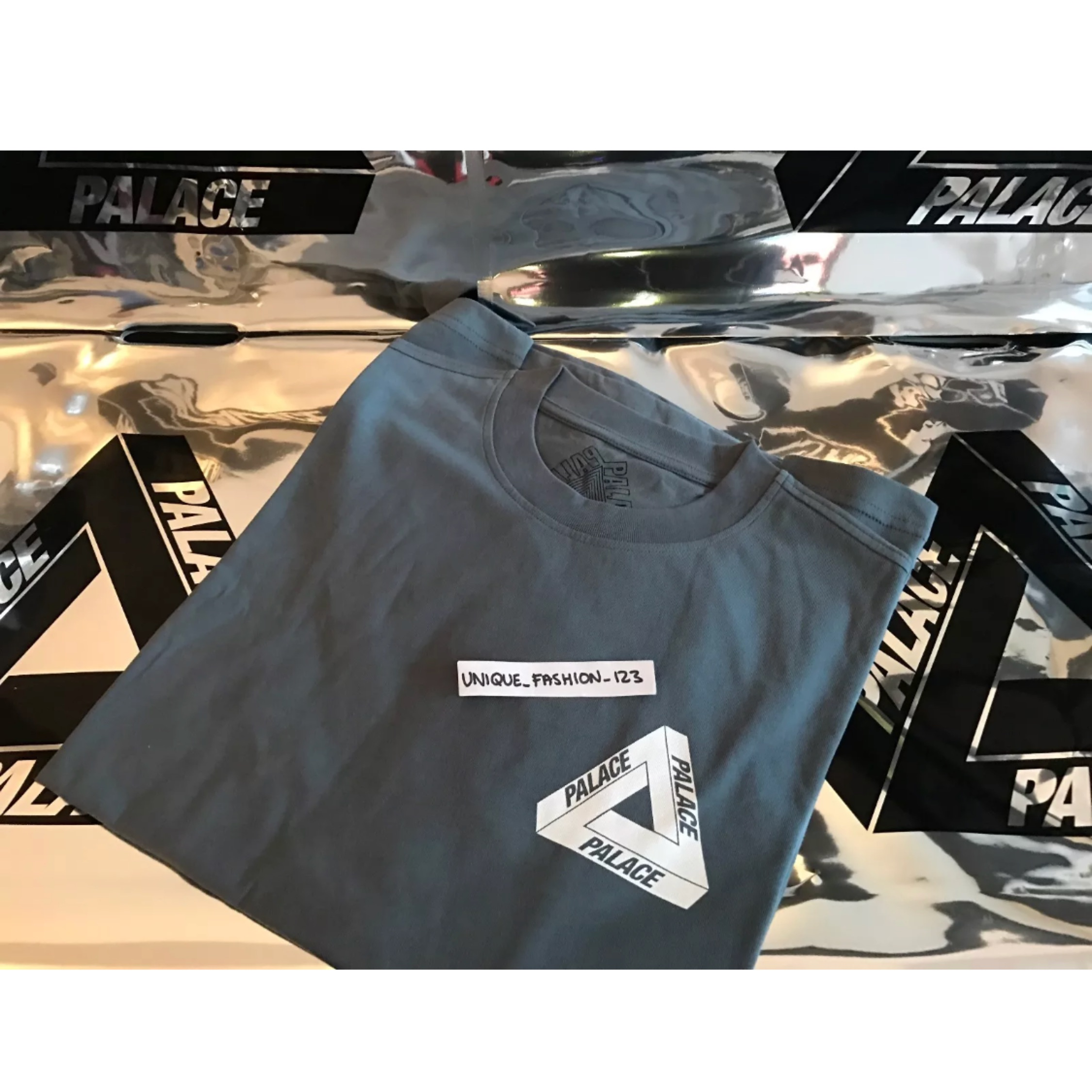 Palace Joker T Shirt New Grey Medium New