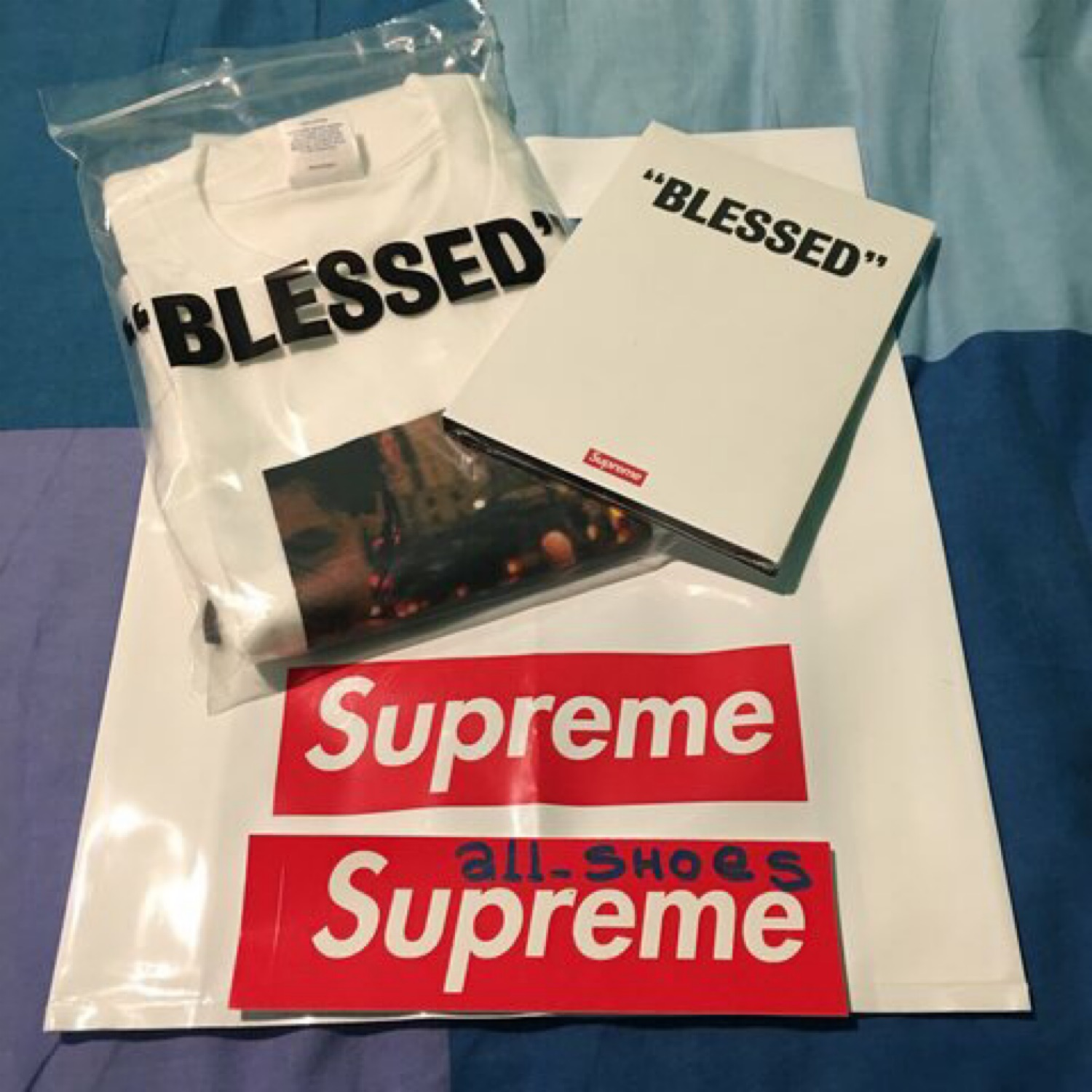 Blessed Bundle Supreme Tee Size L Ds