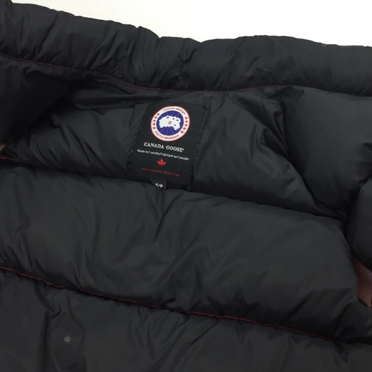 Canada Goose Red Down Fill Body Warmer / Gilet