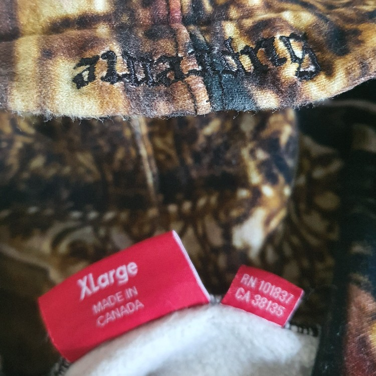 FW17 Supreme Scarface The World Is Yours hooded Size XL