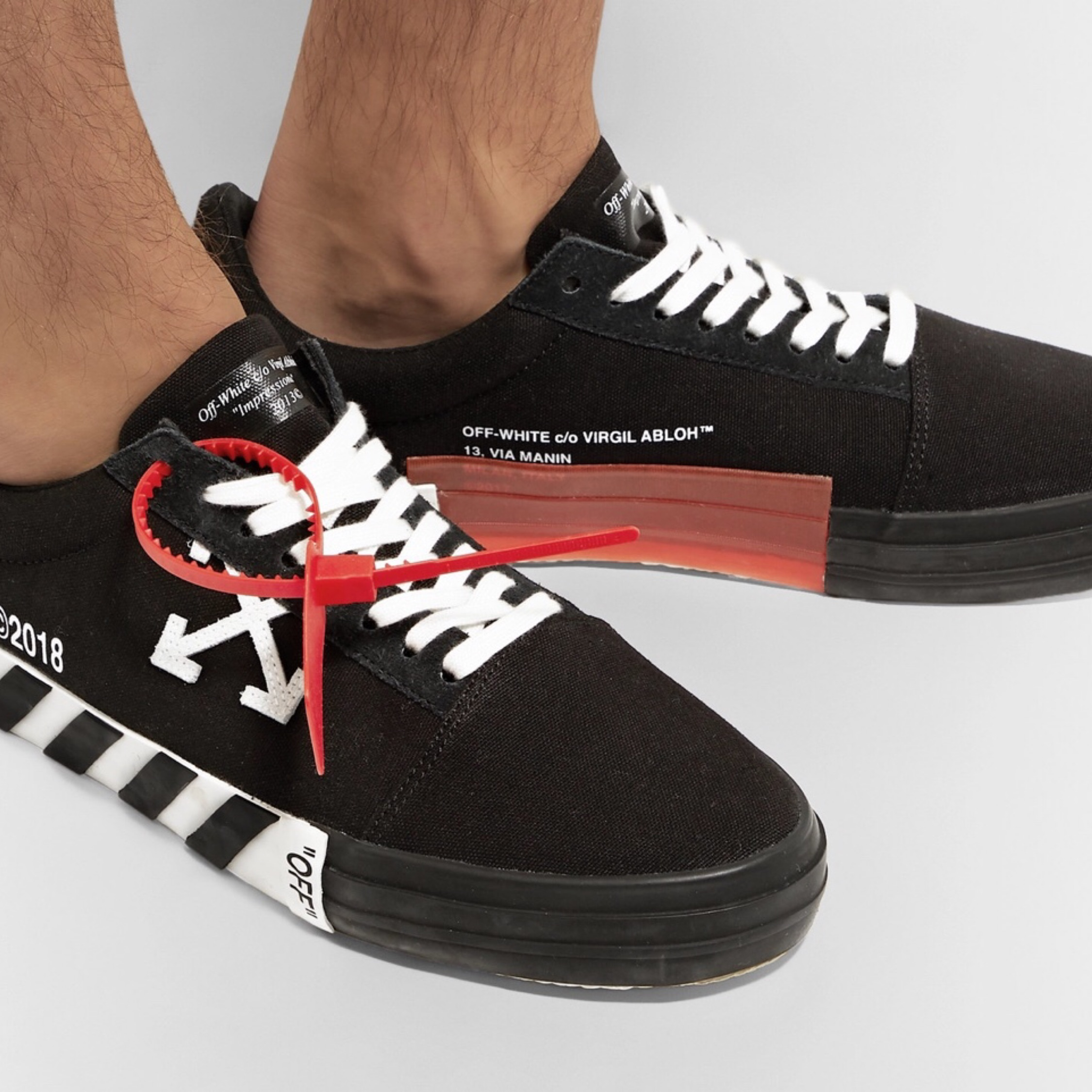 Off-White Vulcanized Low-Top Canvas