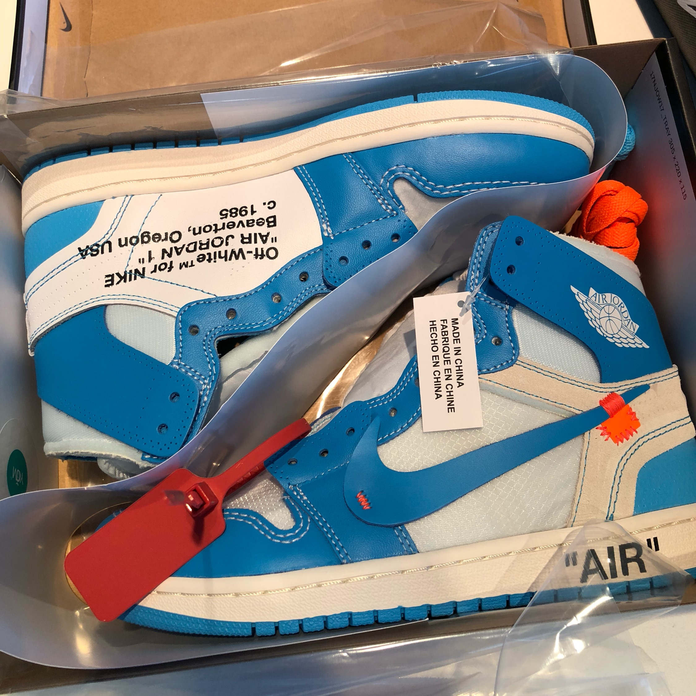 reputable site 5e2ec bdb74 Off White X Nike Air Jordan 1 Unc Us8