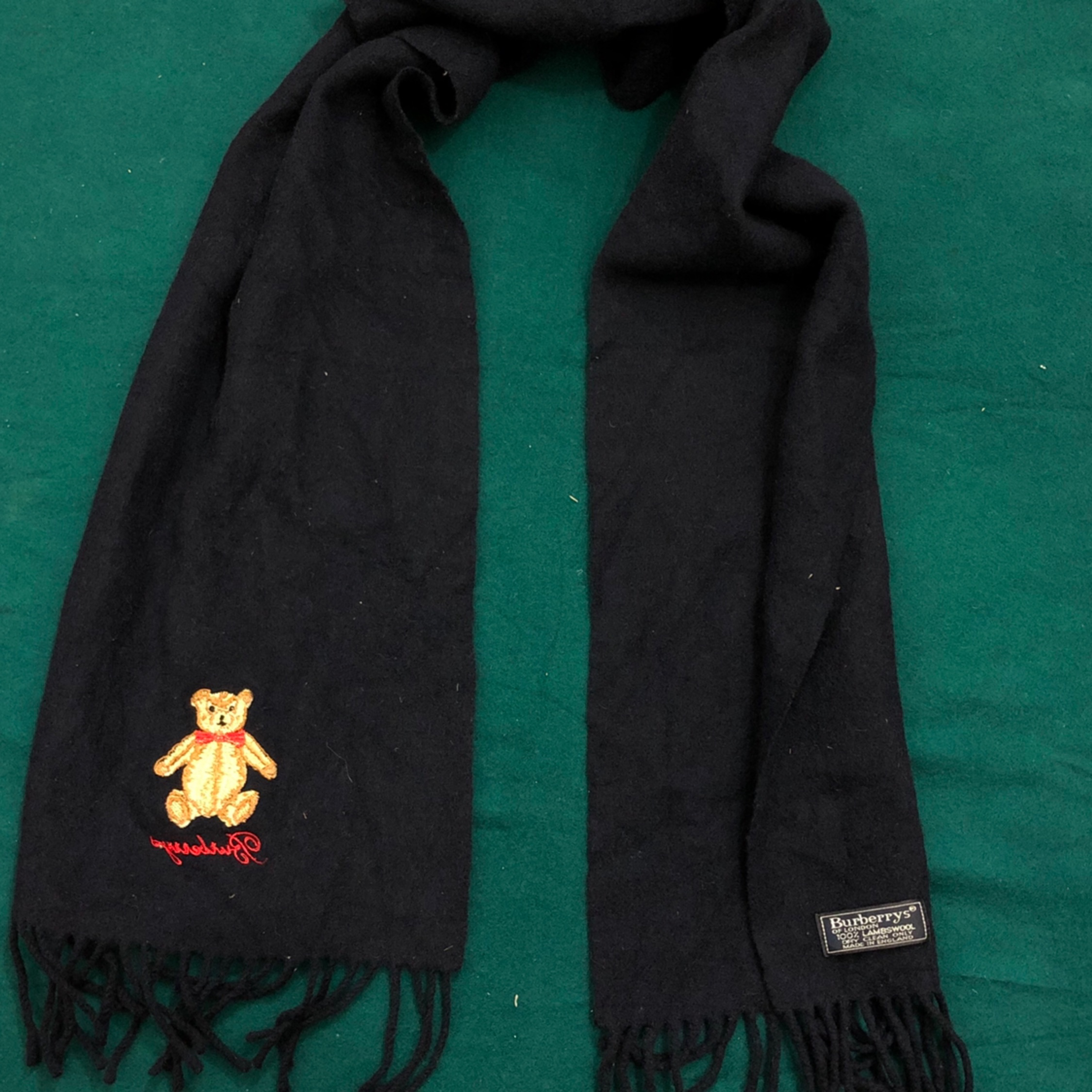 Vintage Burberrys 100% Lambswool Made In England