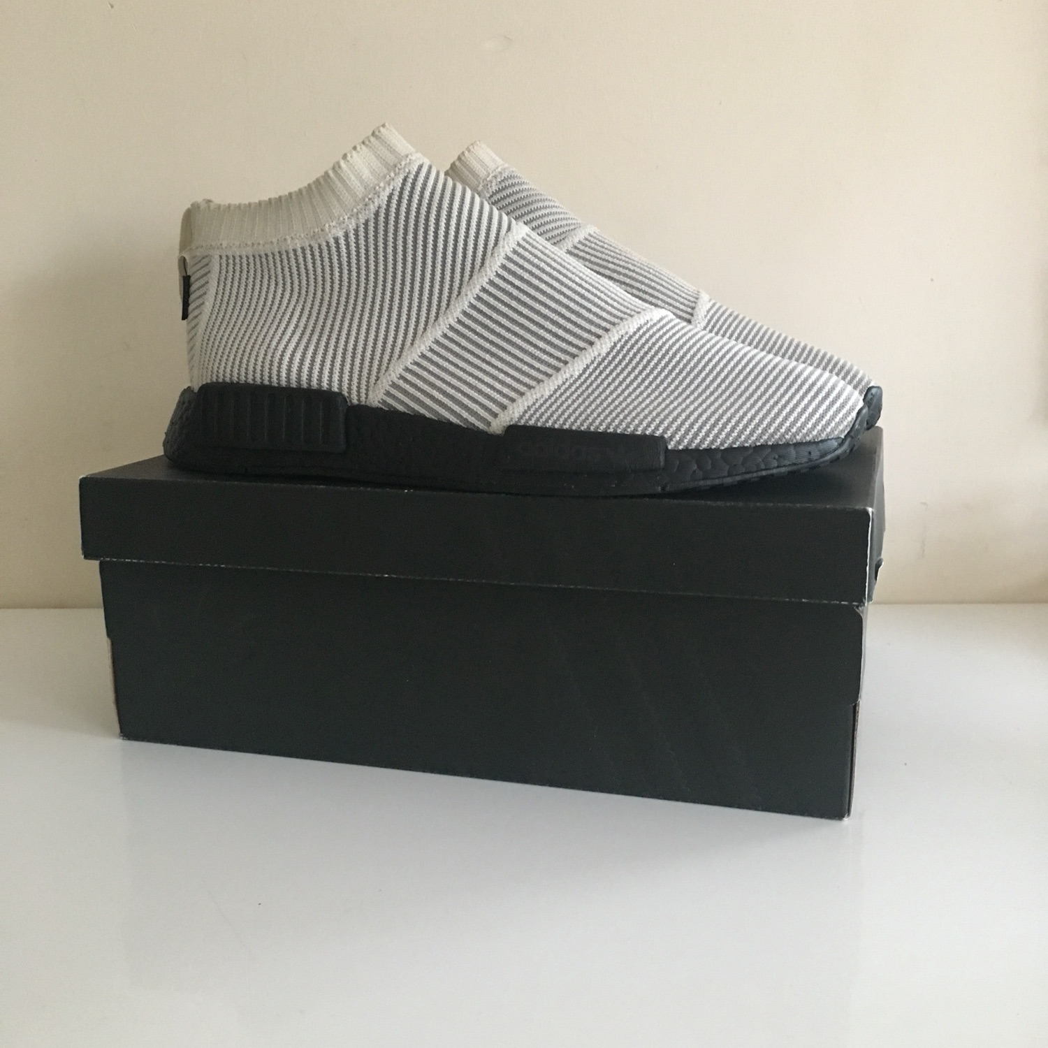 huge discount 7a418 d51ac Nmd R1 City Sock Gore - Tex Size 10.5 Supreme