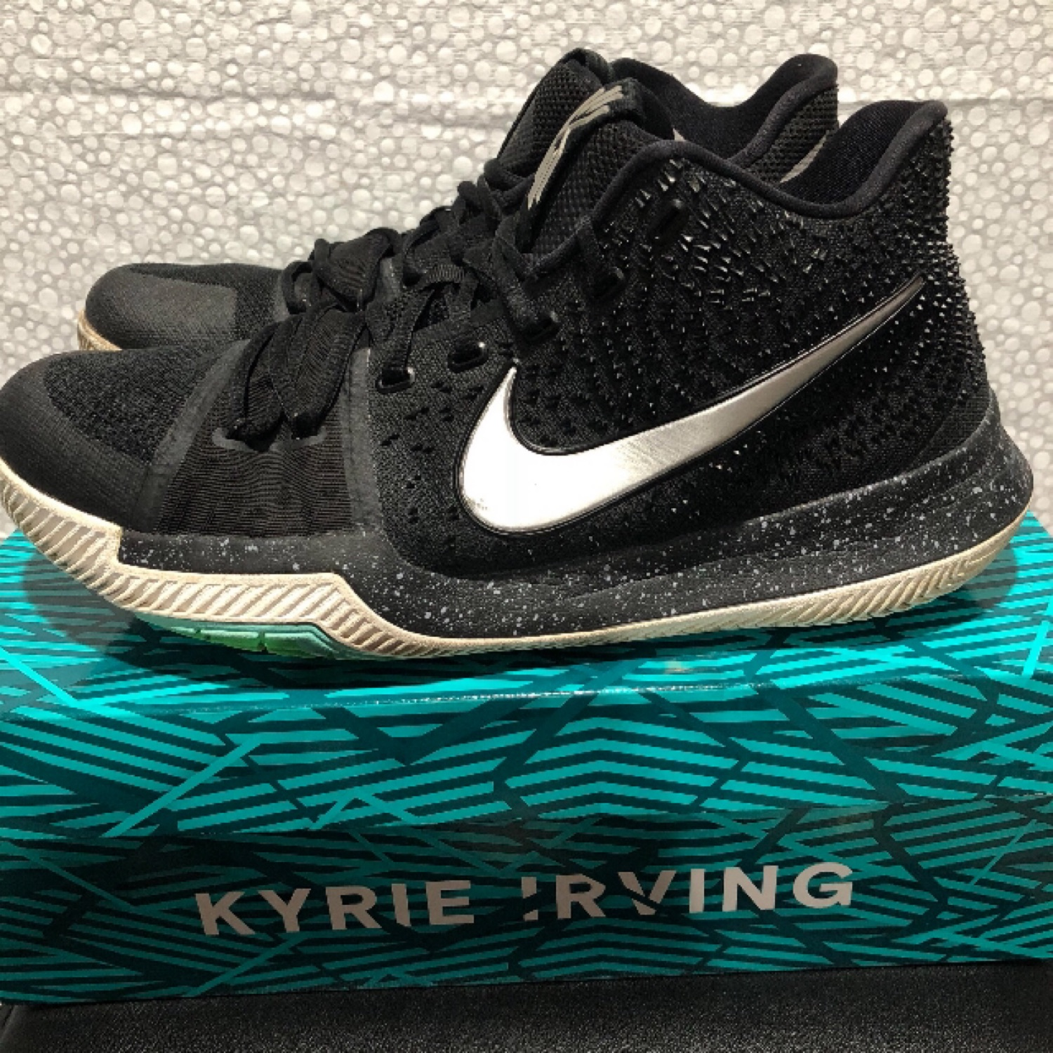 reputable site bbbb1 9f6bb Nike Men's Kyrie 3 Blk/Ice