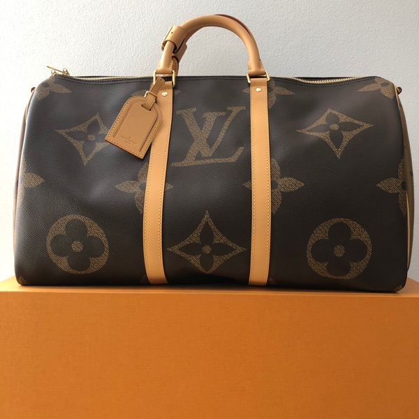 Louis Keepall Big Logo Size 50