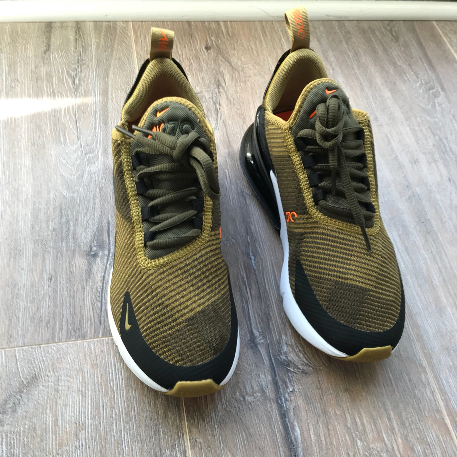 size 40 4c5fb a7efa Nike Air Max 270 Olive - Youth Uk 4.5