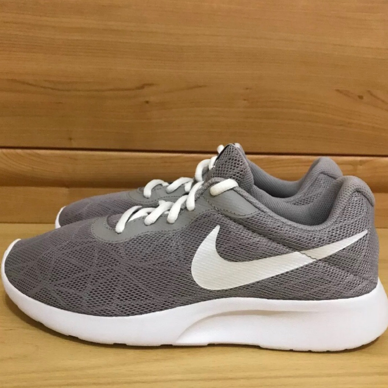 grey trainers size 5