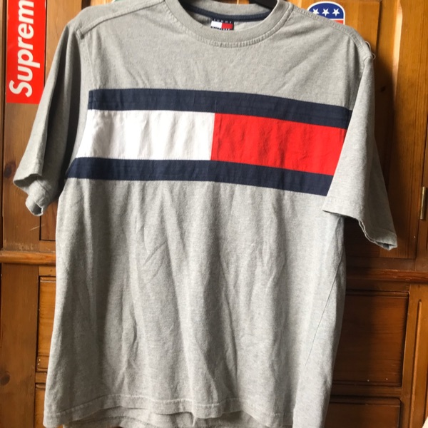 Tommy Hilfiger Tee/T Shirt/Top