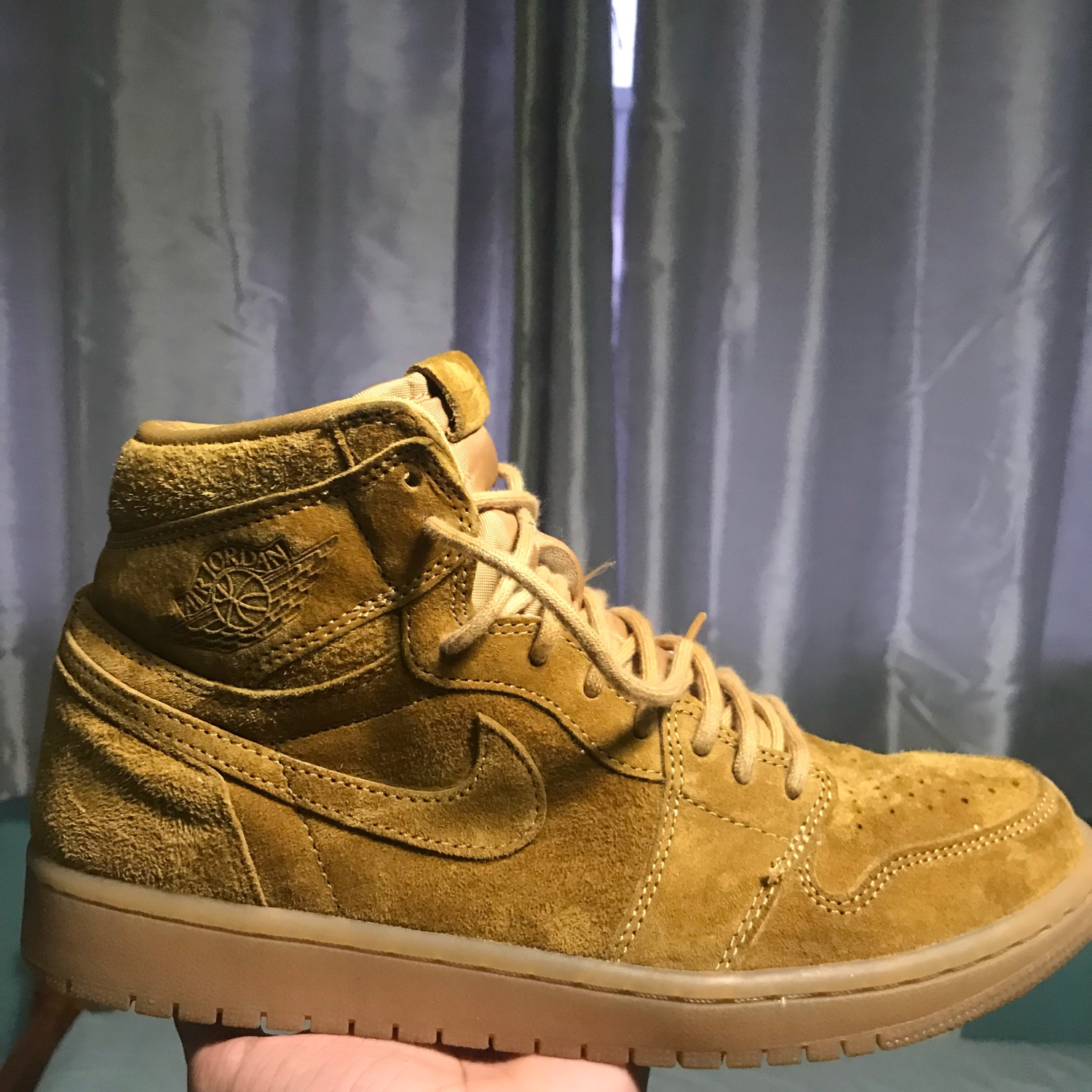 huge inventory on feet shots of run shoes Nike Air Jordan 1 Holiday Pack Wheat