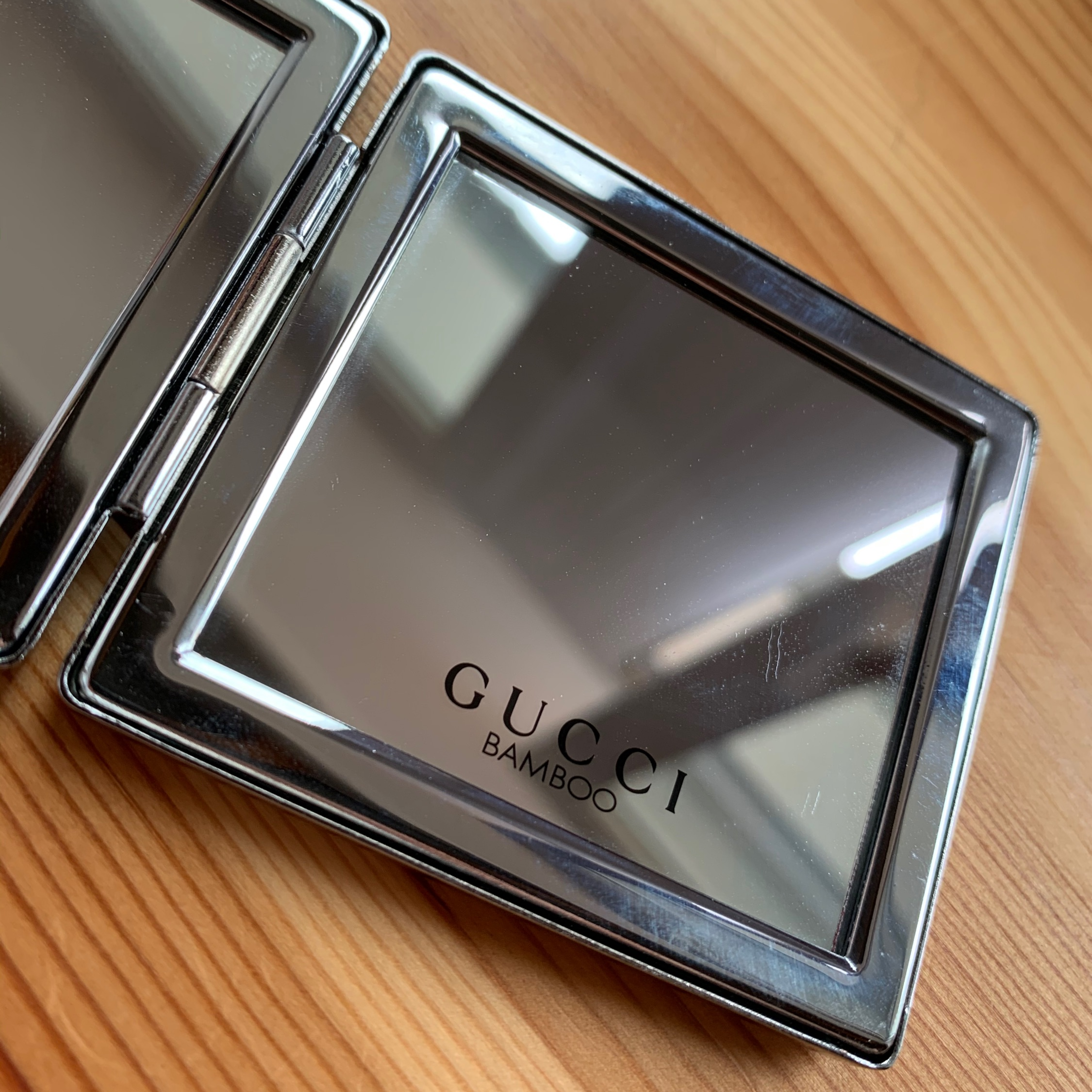 Gucci Bamboo Mirror (Sent Offers)