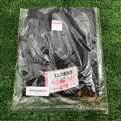 Supreme Luden's Tee Black Size Small Brand New Ds