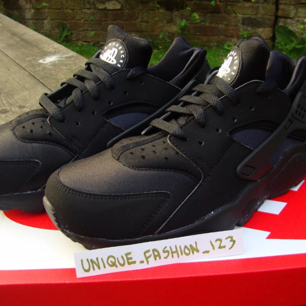 Nike Air Huarache Triple Black Sneakers New Us9
