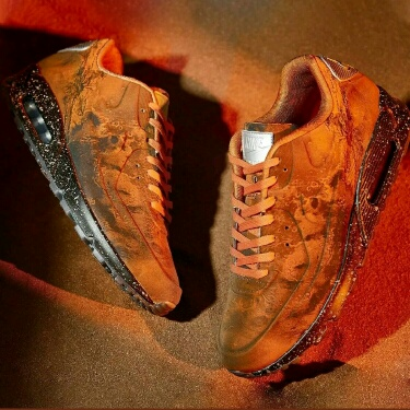 "Nike Air Max 90 ""Mars Landing"" DS 8.5us"
