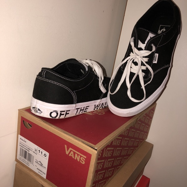 Vans Low Tops With Text (With Box)