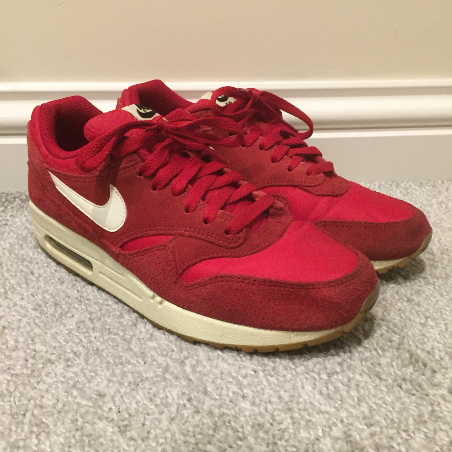 Air Max 1 Red Suede