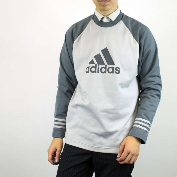 Vintage Adidas sweatshirt jumper sweater pullover hoodie in white and gray