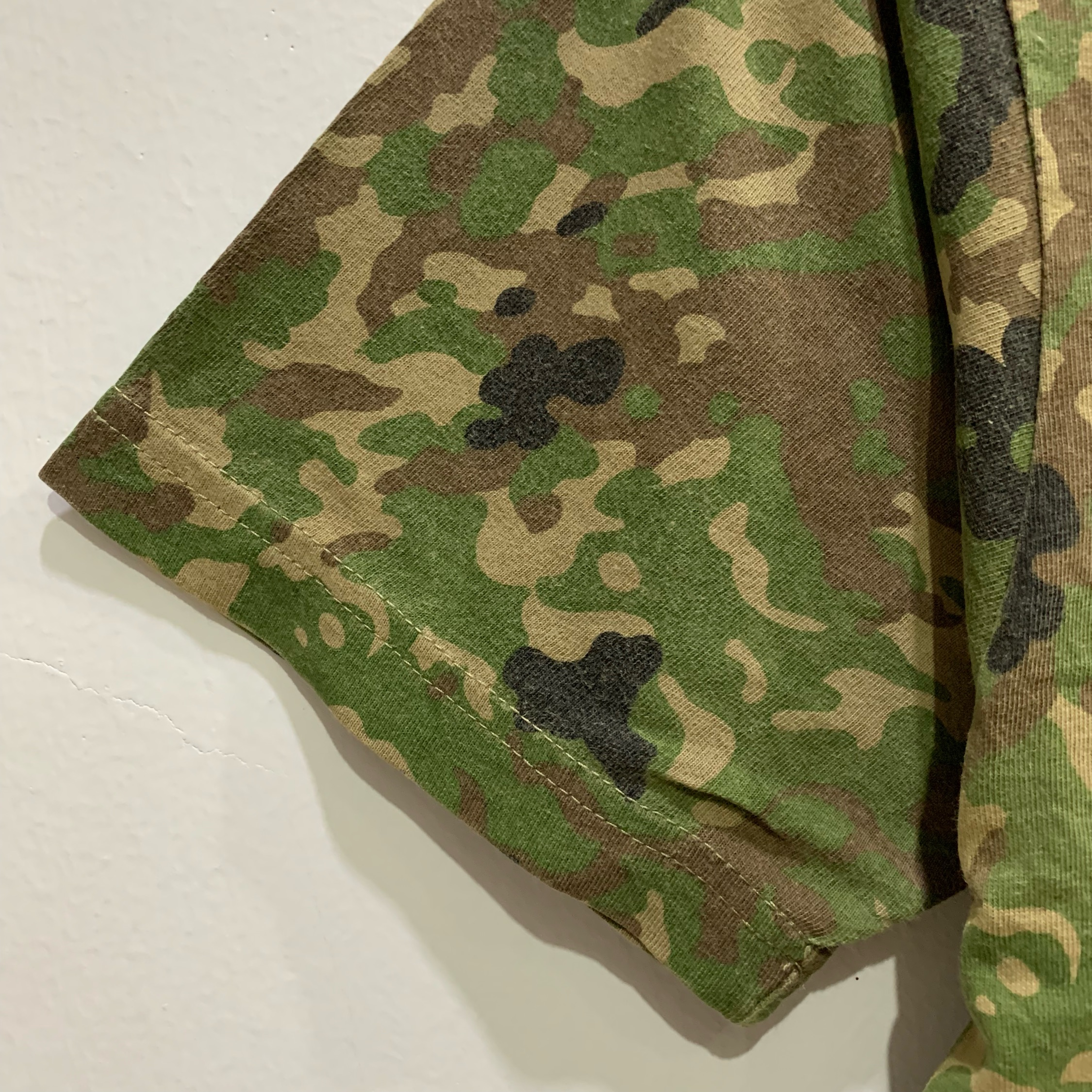 Camo Short Sleeve T-Shirts Fits Size S