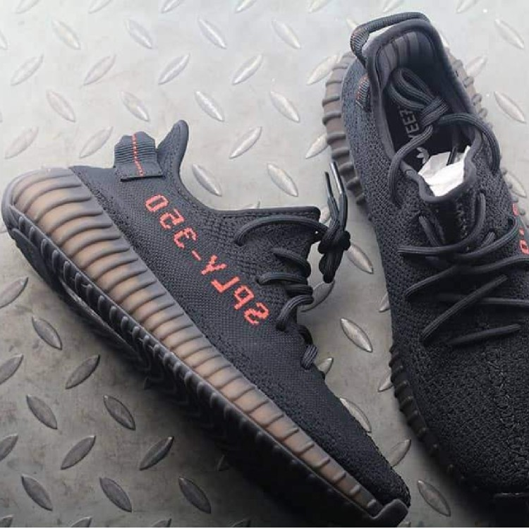 uk availability 8bb1e 1a696 Adidas Yeezy Boost 350 V2 Core Black Red / New
