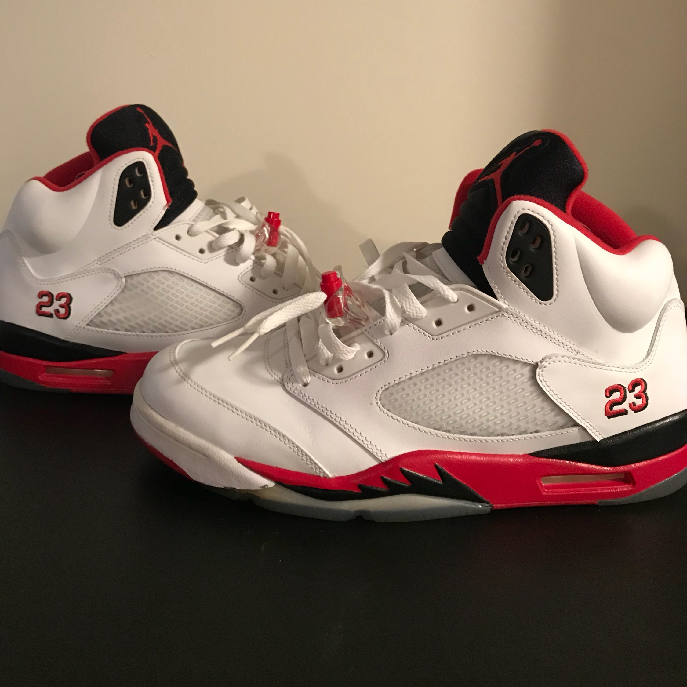 new style f64c9 4a25f Air Jordan 5 Fire Red