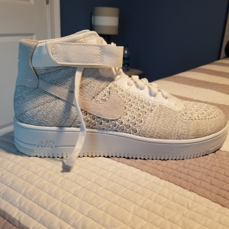 NIKE AIR FORCE 1 ULTRA FLYKNIT MID SAIL COLORWAY
