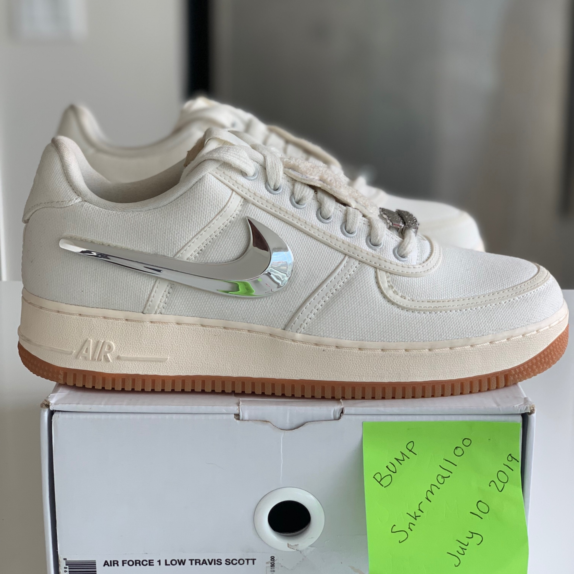 Air Force 1 Low Travis Scott Sail AQ4211 101