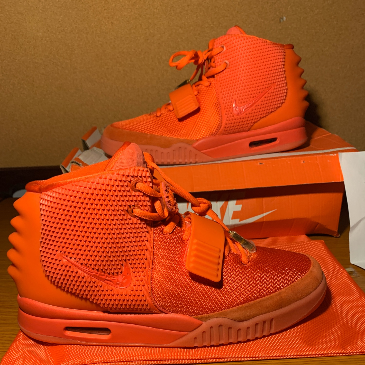 """Nike Air Yeezy 2 Sp """"Red October"""" Size 11"""