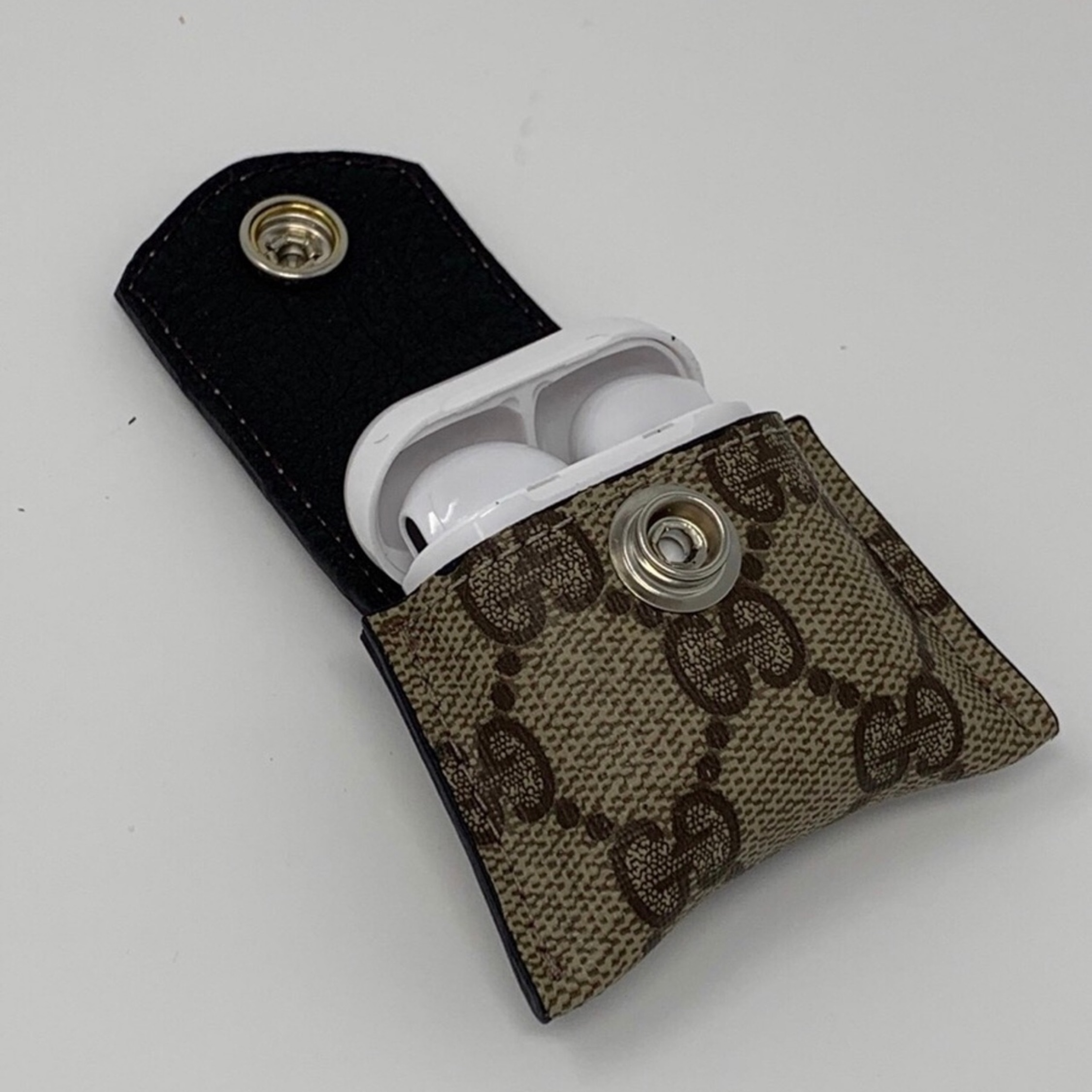Lv Or Gucci Apple Airpod Case 1