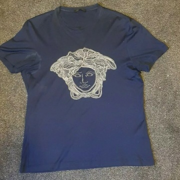 Versace Medusa Embroidered T Shirt 100% Authentic