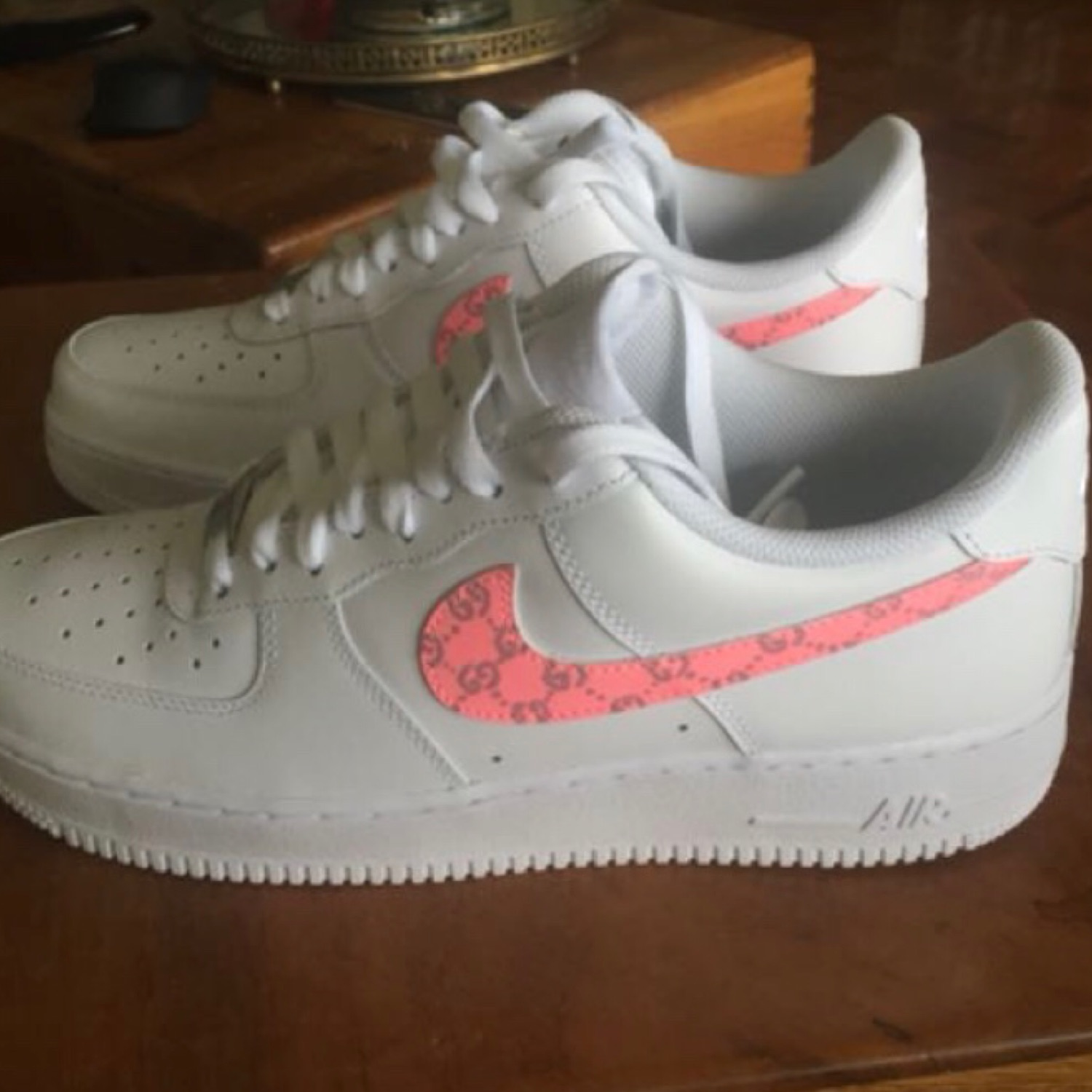 sélection premium 1bcc7 2ce72 Nike Air Force One Gucci Custom
