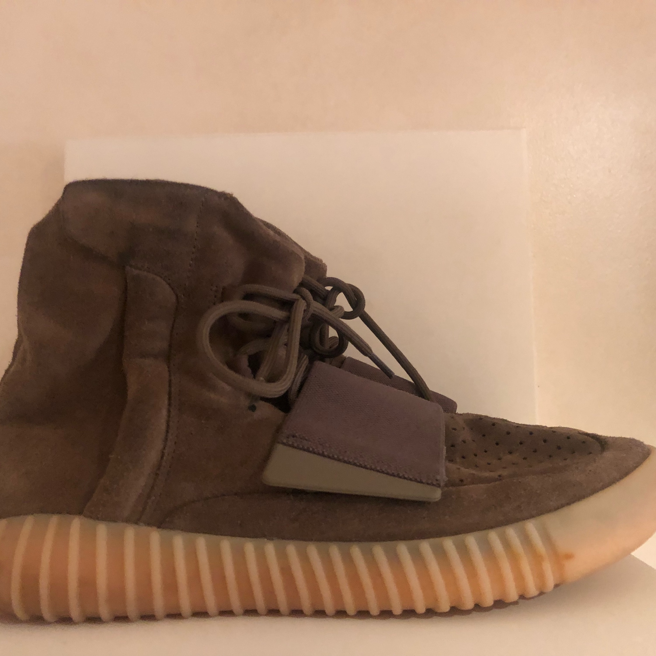 """buy online 2a025 9599e Yeezy 750 """"Chocolate"""" Used"""