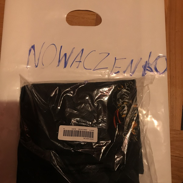 Supreme Laugh Now Tee Black