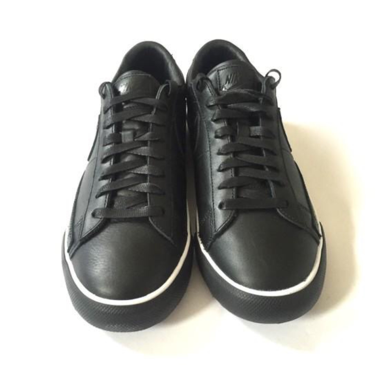 the latest b23f1 69ee4 Nike X Cdg Black Blazer Low Sneakers Ds