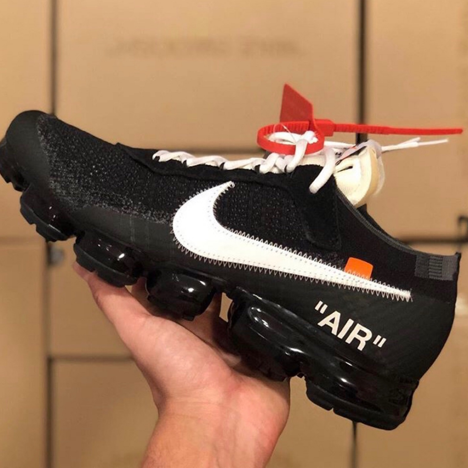 The 10 Nike Air Vapormax Flyknit x Off