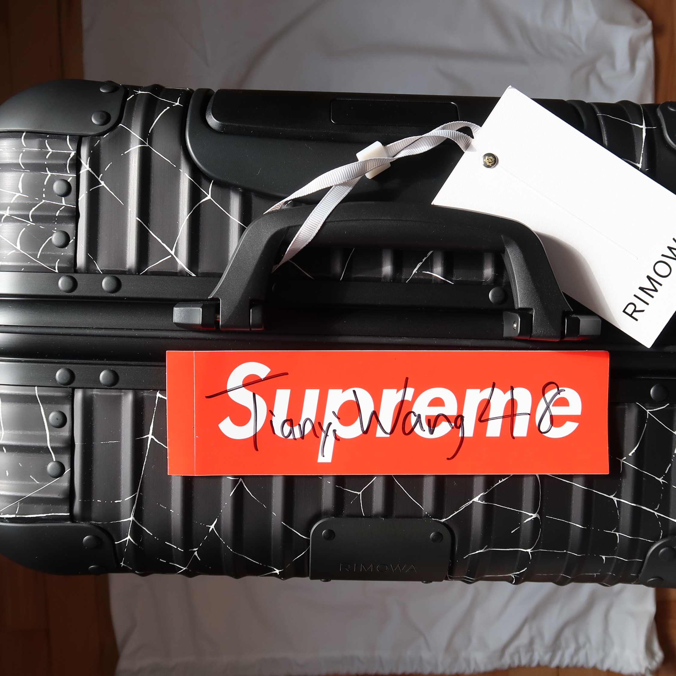 Supreme Rimowa Fw19 Spider Web Cabin Plus Black