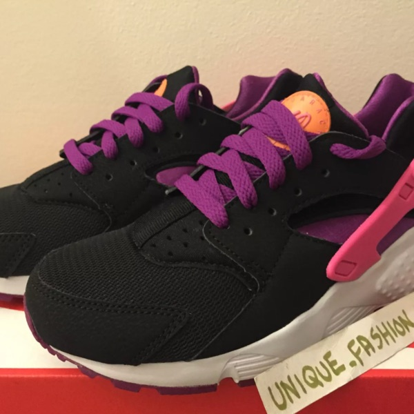Nike Air Huarache Qs Berry Black New