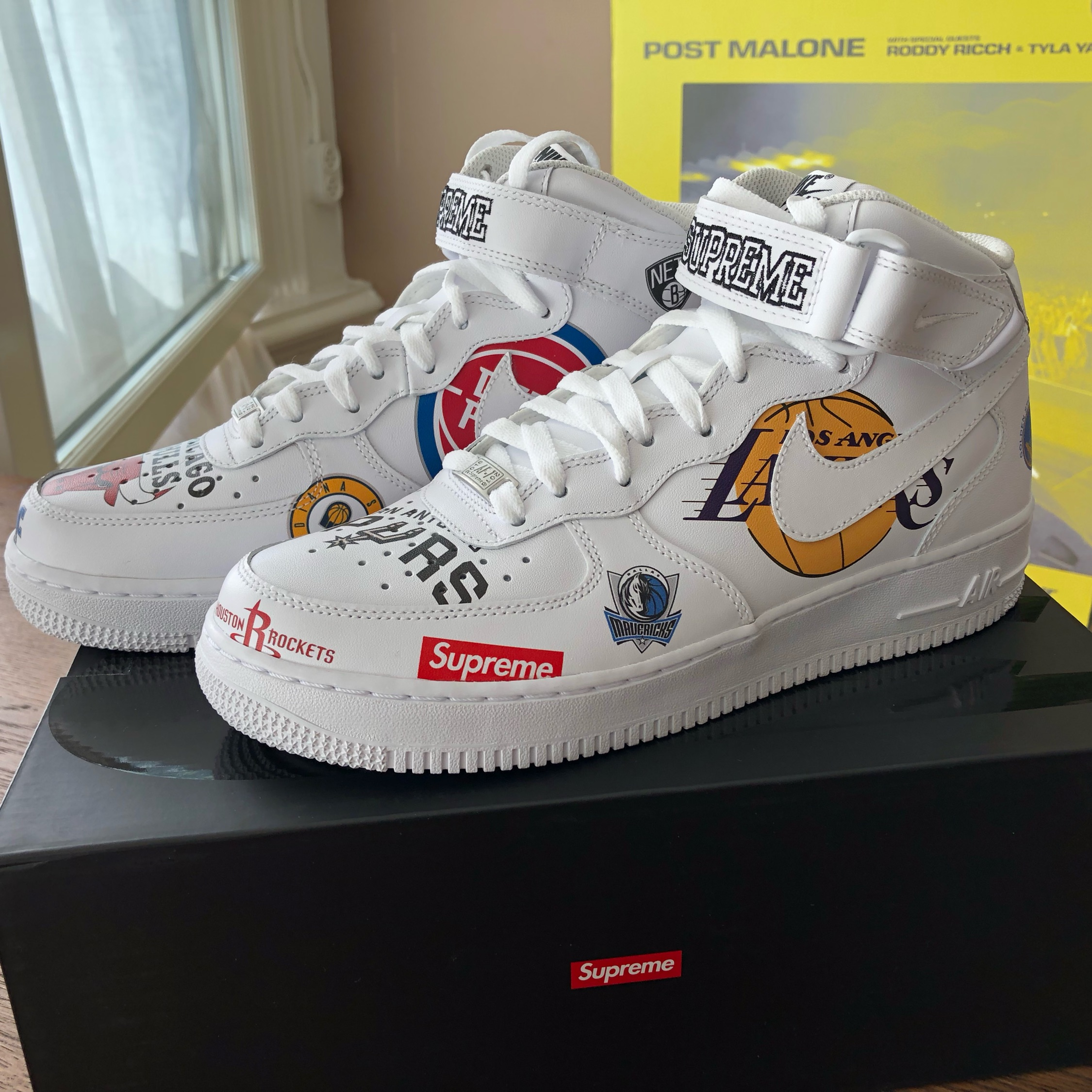 Nike Supreme Nba Air Force 1 Mid White Us 8.5 Eu42