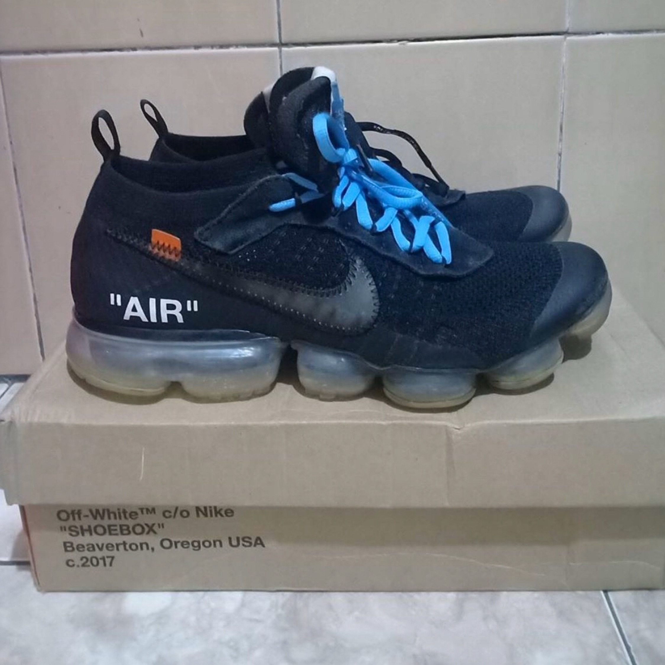 Fausses vapormax off white Vinted